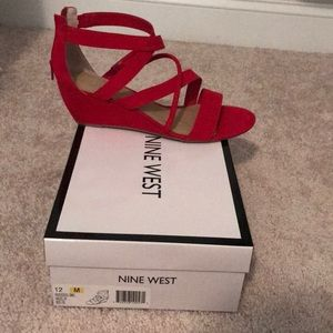 Nine West women's size 12 red suede wedge sandal